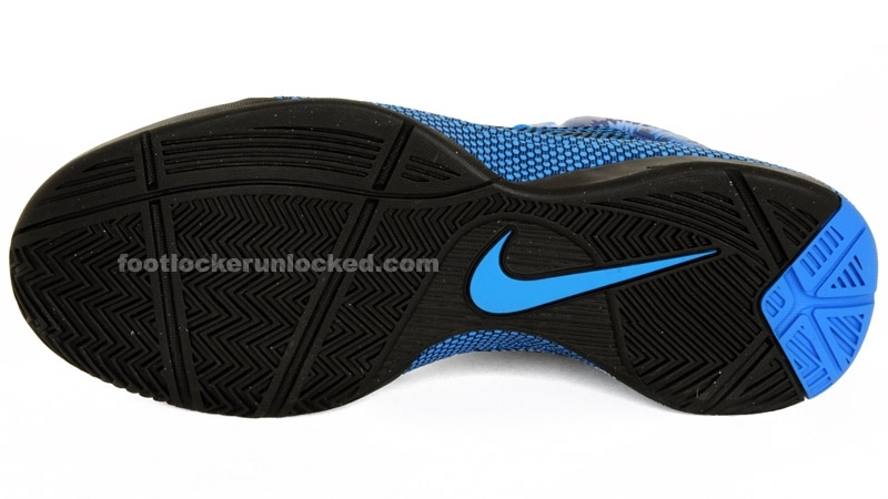 Nike_hyperfuse_photo_blueblack__3_