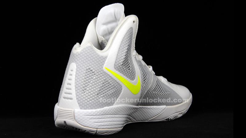 Nike_hyperfuse_2011_white_luster_4