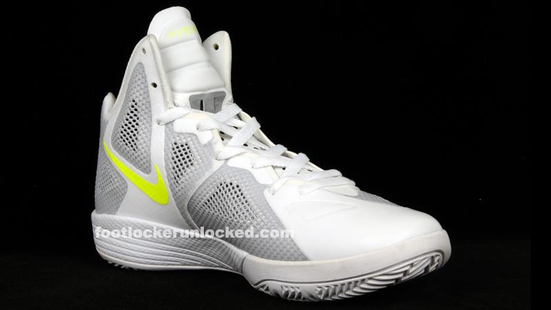 Nike_hyperfuse_2011_white_luster_2