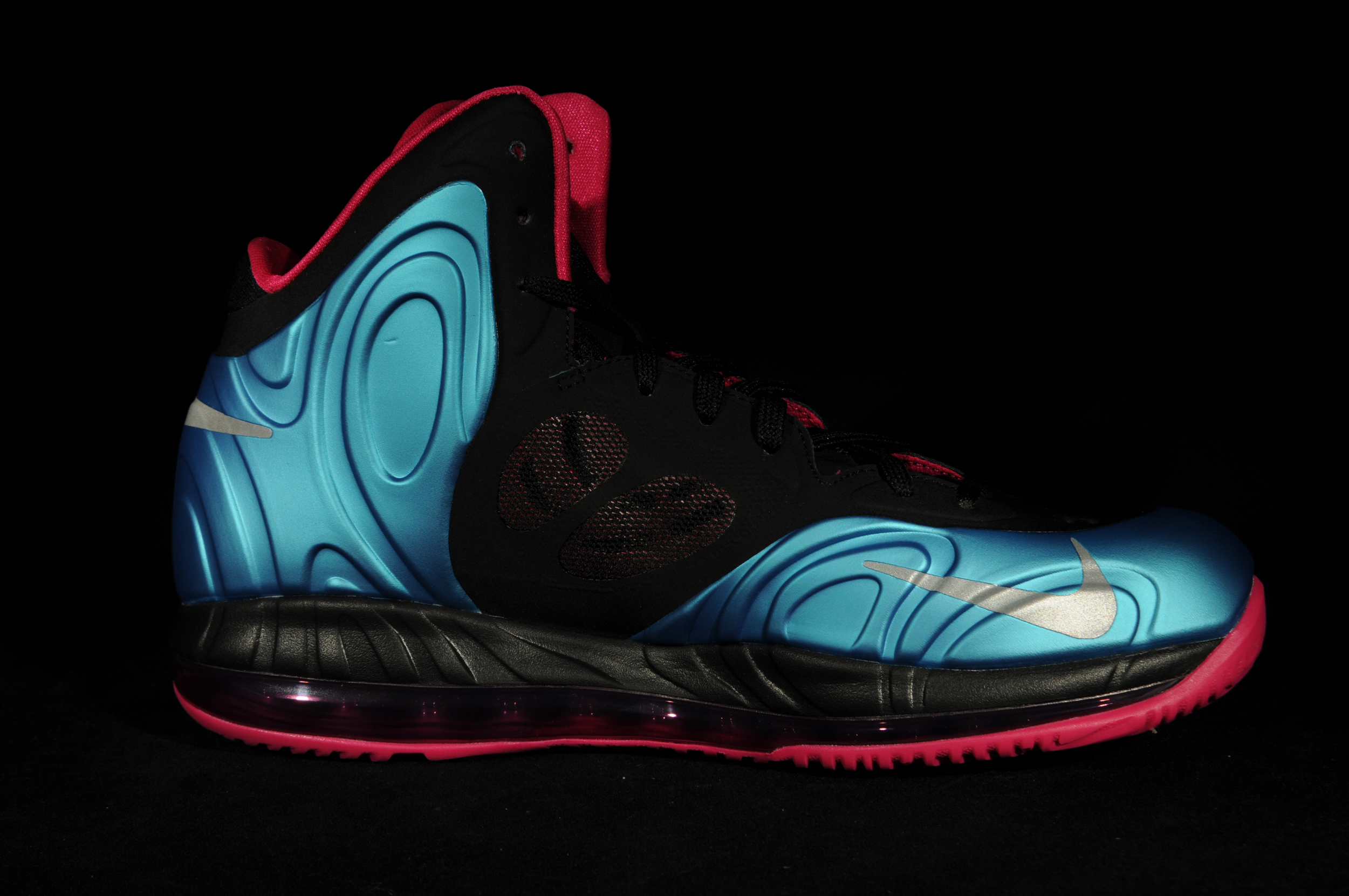 hyperposite the nike hyperposite dropped for the first time in mid