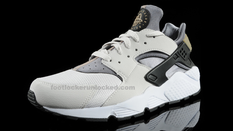 nike air huarache footlocker