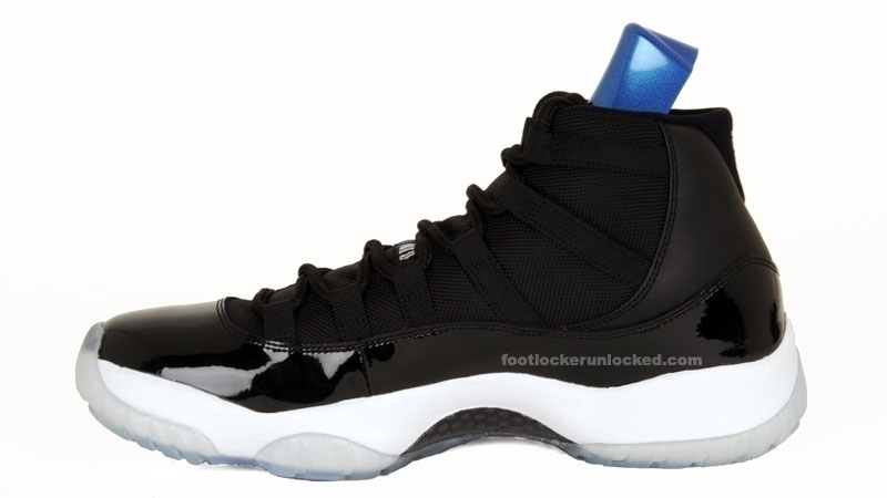 Jordan Retro 11 Space Jams Low