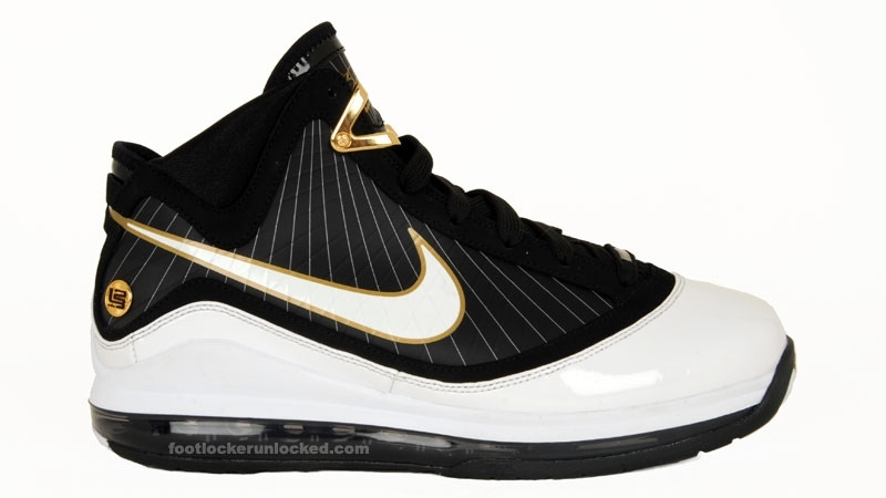 Large_air_max_lebron_vii_whiteblackgold