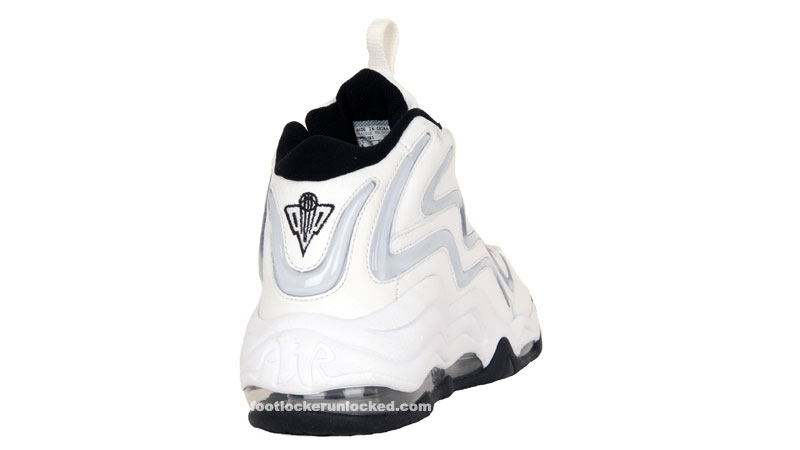Nike_air_pippen_whtblackmts__3_