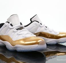 Bigthumb_foot-locker-air-jordan-11-retro-low-metallic-gold-1